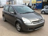 Toyota Corolla Verso. Variklis parduotas` ` i angaras `