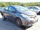 Toyota Yaris.  ratai parduoti! daugiau info tel :+37069180062