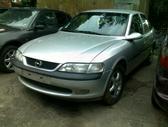 Opel Vectra. Naudotos automobiliu dalys japoniski ir vokiski