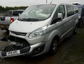 Ford Tourneo Custom dalimis. Automobilis dalimis