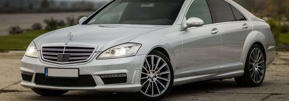 "5 kartos ""Mercedes-Benz"" S klasė – prabanga, komfortas ir didelės išlaidos"