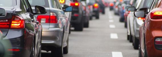 2019 metus lietuviai pasitiko pirkdami brangesnius automobilius