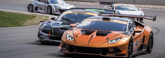 """Lietuvis """"Lamborghini Huracan Super Trofeo"""" automobiliu """"Baltic GT-PRO"""" klasėje finišavo trečias"""