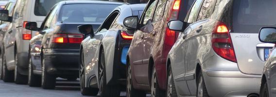 Prekybą naudotais automobiliais paveikė taršos mokesčio grėsmė