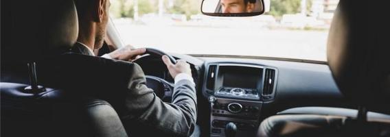 TOP 5 priedai, kurie pravers kiekvienam vairuotojui