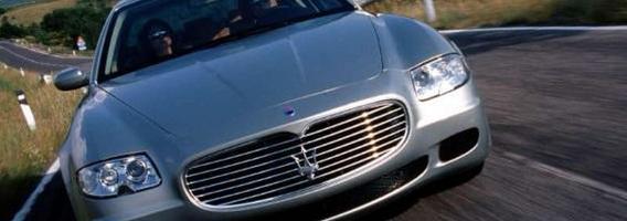 5 prabangūs automobiliai, kurie šiandien praradę 90 proc. savo pradinės vertės