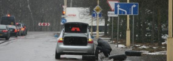 Vairuotojai automobilius remontuoja patys, bet vis tiek išleidžia daug