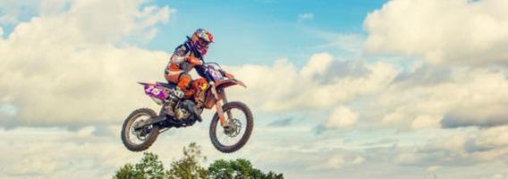 Dvidešimtmetės Gabrielės Savčenkaitės silpnybė – krosiniai motociklai