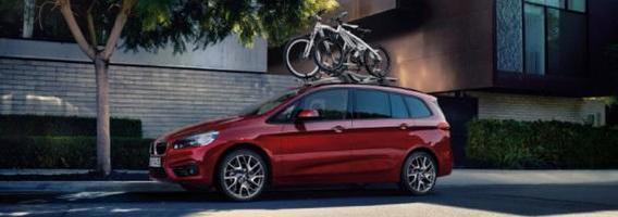 BMW pristato septynvietį priekiniais ratais varomą vienatūrį