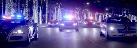 Dubajaus policija parodė galingiausių tarnybinių automobilių arsenalą