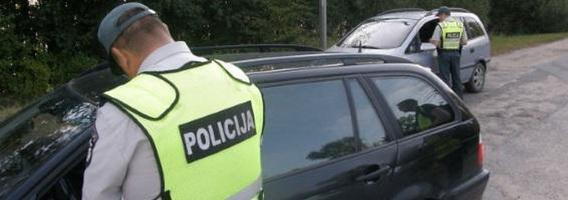 Kaip drausminti neblaivius vairuotojus: didinti baudas, siųsti pas psichologą, viešinti?