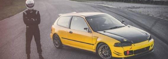 Automobilių sportas neturint didelio biudžeto: Aleksandro Iljino istorija