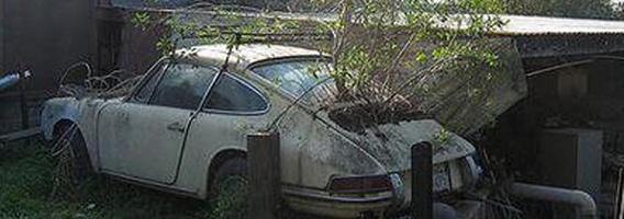Apleisti ir pamiršti prabangūs automobiliai. Trečia dalis.