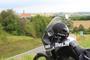 """""""Krepšinio širdies"""" įkūrėas ir krepšinio žurnalistas Tomas Tumalovičius pardavinėja motociklą, su kuriuo važiavo į Europos krepšinio čempionatą"""