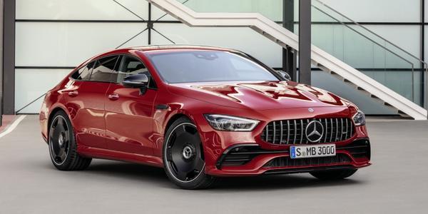 Mercedes-Benz AMG GT 4 durų kupė