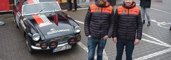 """""""Rallye Monte-Carlo Historique"""" startuojančius lietuvius pagavo Varšuvos """"car spotter'iai"""""""
