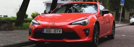 """""""Toyota GT86"""" – kai vairavimo malonumas svarbiau už sausus skaičius"""