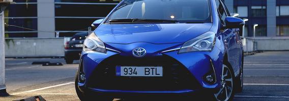 """Hibridinio automobilio pradžiamokslis su """"Toyota Yaris HSD"""""""